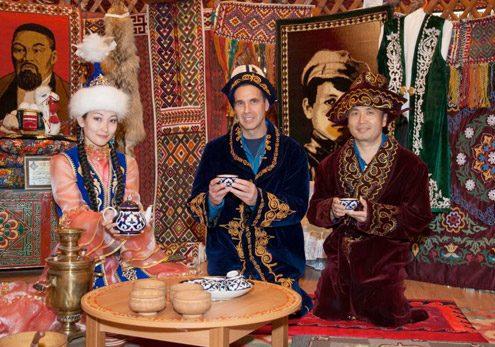 LE BONBON : Village Kazakh